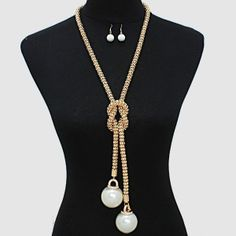 LONG NECKLACE1